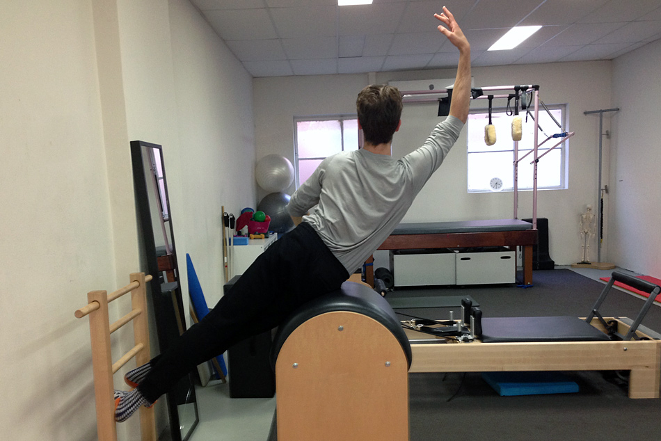 Dancers and Runners: Exercise Physiology, Pilates, Strength ...